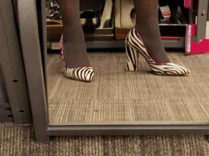 Fur Shoes of Prey, size 6