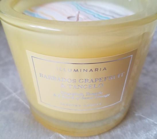 Illuminaria Barbados Grapefruit & Tangelo scented candle